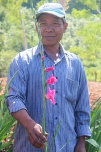 Stolzer Blumenfarmer